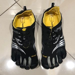 Vibram Hiking/Outdoor Shoes
